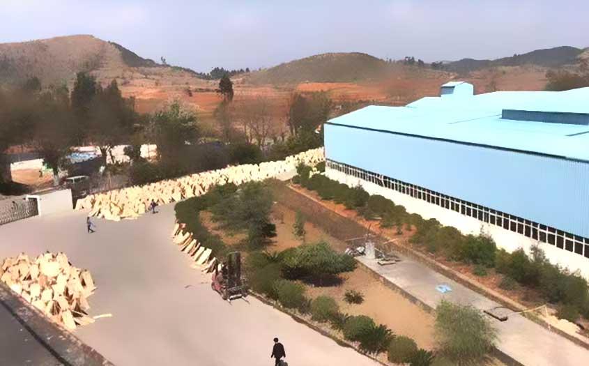 黑豹木业生产厂区一角